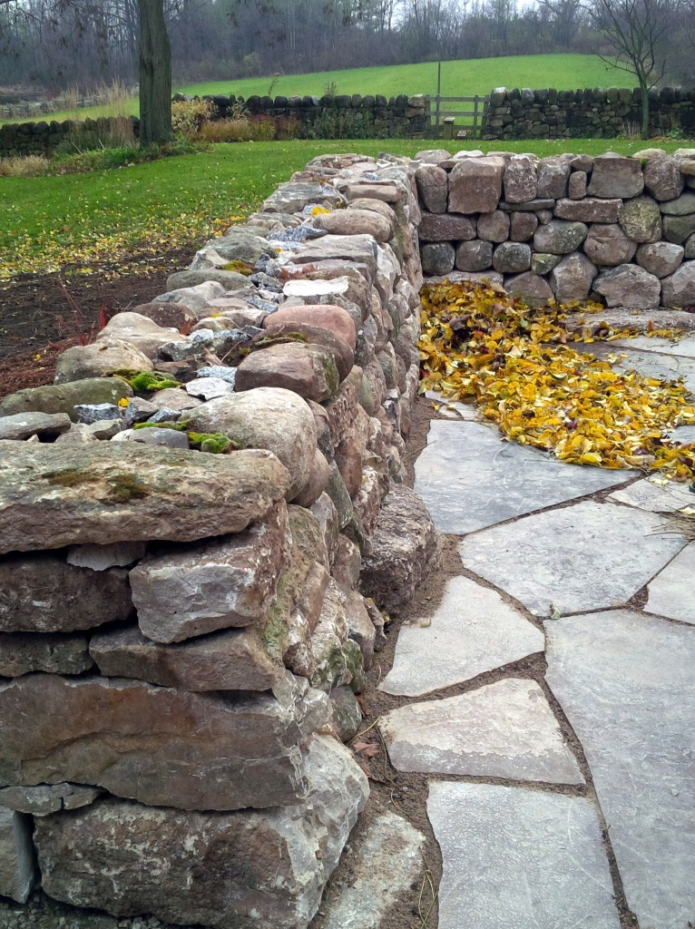 Stone Wall Construction : Drystone walls features quiet nature