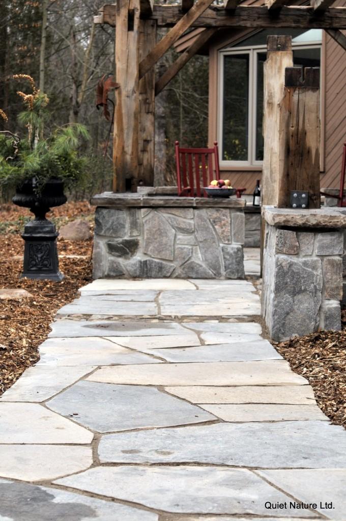 Veneer stone garden courtyard