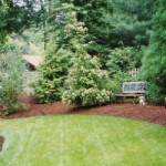 Does mulching benefit garden beds?